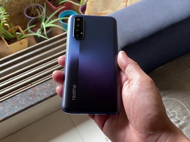 Videos : रियलमी 7 बनेगा चैंपियन?   Priced at Rs. 14,999, Is Realme 7 a Worthy Successor to Realme 6?