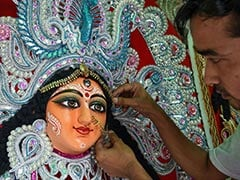 Durga Puja 2020: Month-Long Gap Between <i>Mahalaya</i> And <i>Shashthi</i> Explained