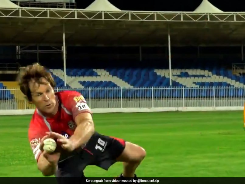 """""""Can Still Manage To Fly At 51"""": Jonty Rhodes, KXIP Coach, Turns Back The Clock With Fielding Skills Before IPL 2020. Watch"""