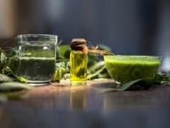 Diabetes Diet (Neem Tea): डायबिटीज, ब्लड शुगर लेवल को कंट्रोल, इम्यूनिटी बढ़ाने और वजन कम करने में मददगार है यह ड्रिंक, कैसे बनाएं