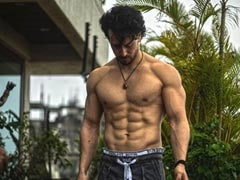 Tiger Shroff's Friends Have A Lot To Say About His Abs In This Pic. Read Their ROFL Comments
