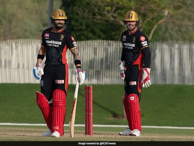 Watch: Its Virat Kohli vs AB De Villiers In