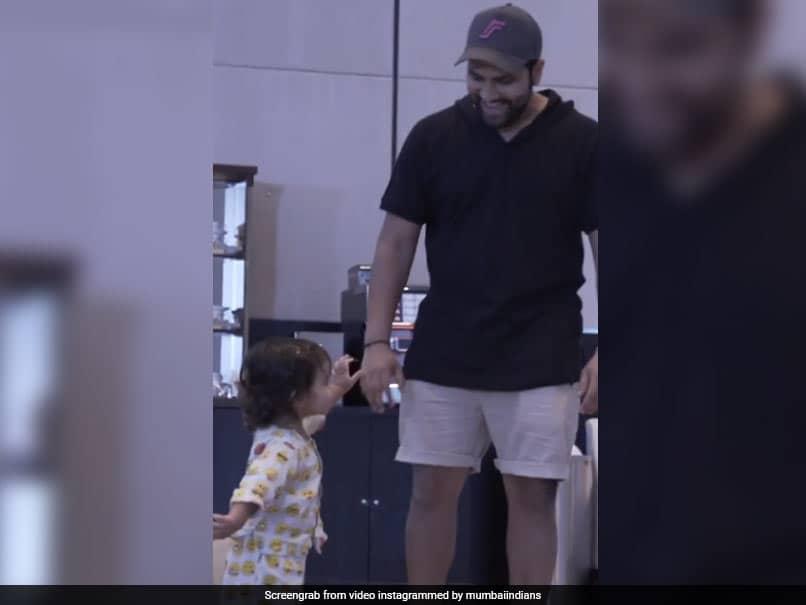 "IPL 2020: Mumbai Indians Skipper Rohit Sharmas ""Cute Little Moments"" With Daughter Samaira. Watch"