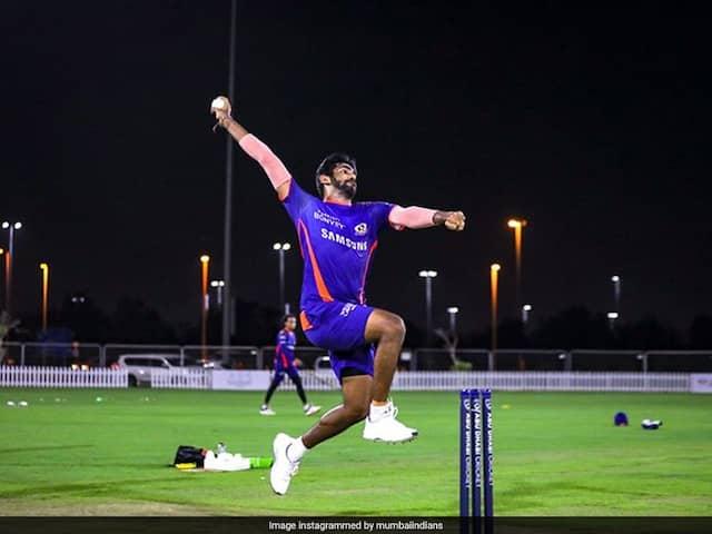 आईपीएल 2020: जसप्रीत बुमराह ने मुंबई इंडियंस ट्रेनिंग के दौरान छह अलग-अलग बॉलिंग एक्टिविटीज की।  घड़ी