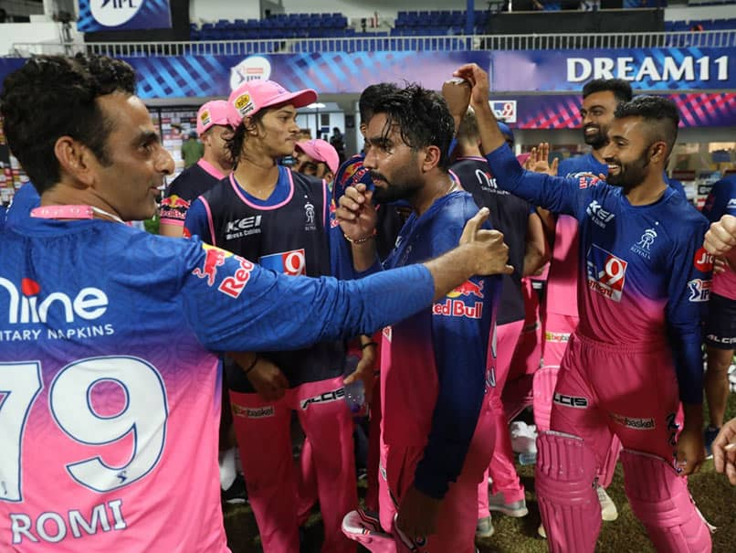 IPL 2020, RR vs KXIP: All Smiles In Rajasthan Royals Dressing Room After Record-Breaking Victory. Watch