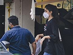 सुशांत सिंह राजपूत केस : कोर्ट ने खारिज की रिया चक्रवर्ती की जमानत याचिका, NCB ने किया है गिरफ्तार