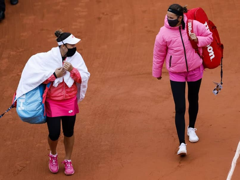 """""""Its Too Cold"""": French Open Start Hit By Bleak Weather"""
