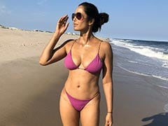 "Padma Lakshmi Shows How ""50 Is The New 30"" In Her Birthday Post"