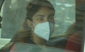 Rhea Chakraborty's Bail Hearing Tomorrow, Court Holiday Today Due To Rain