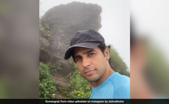 'Nature Lover' Sidharth Malhotra Shares A Glimpse Of His 'Super' Trek