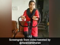 This Lady's Innovative Way To Grind <i>Atta</i> (Wheat) While Bicycling Is Winning Over The Internet