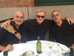 "Anupam Kher Recounts An Evening With Robert De Niro And Harvey Keitel That Was In ""Slow Motion"""