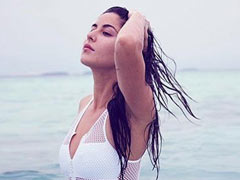 Katrina Kaif's Heart Is Blue Thinking About The Sea. Pic Here