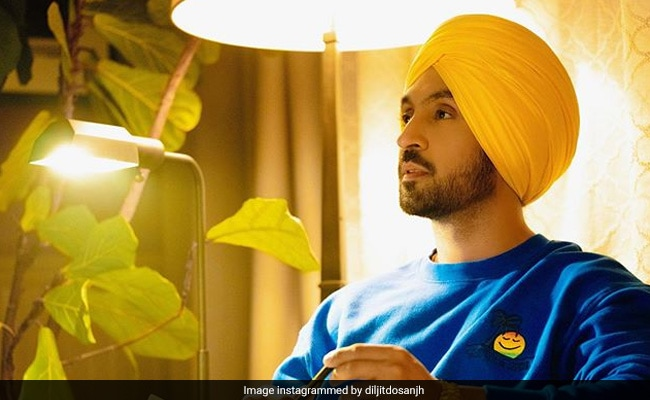 Diljit Dosanjh's Healthy Chicken Dinner In Canada Is Making Us Drool! (See Pics)