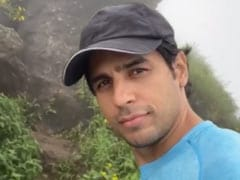 """Nature Lover"" Sidharth Malhotra Shares A Glimpse Of His ""Super"" Trek"
