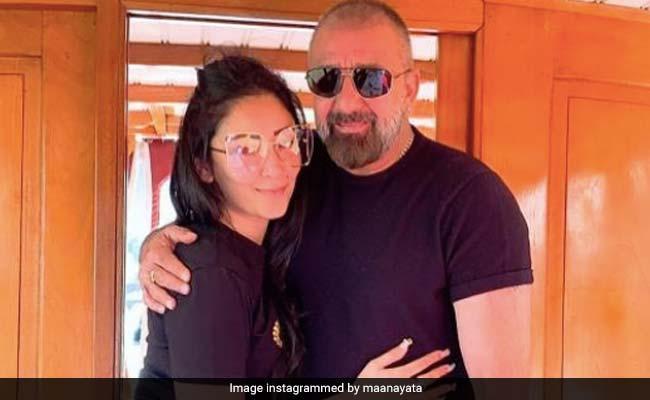 'Never Quit': On Maanayata's Post For Sanjay Dutt, Trishala Drops Blue Hearts