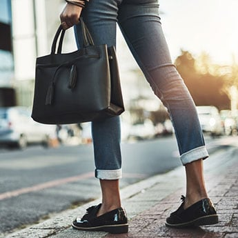 These 8 Extremely Stylish Budget Tote Bags Are All Priced Under Rs 999