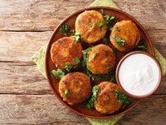 High-Protein Diet: हेल्दी स्नैक्स की तलास कर रहे हैं, तो प्रोटीन से भरपूर चने कबाब रेसिपी को जरूरी ट्राई करें