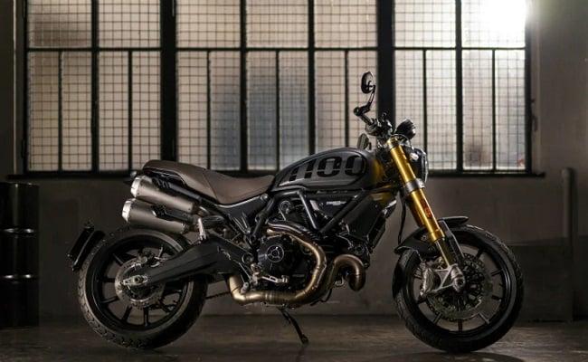 Ducati Scrambler 1100: स्क्रैंबलर 1100 प्रो को नई डुअल टू-टोन कलर स्कीम दी गई है