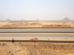 """Egypt Building Highways Near Pyramids, Conservationists """"Flabbergasted"""""""