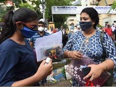 Kolkata JEE Candidates Battle Heavy Rain, Lack Of Transport