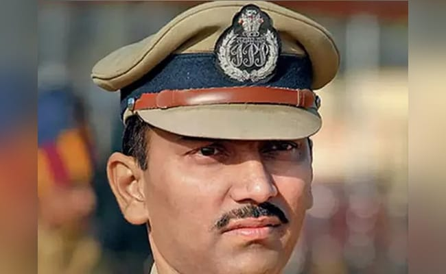 Cop Who Allegedly Enabled Wadhawans'