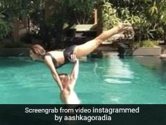 बिग बॉस की पूर्व कंटेस्टेंट Aashka Goradia ने पति के साथ पूल में यूं किया Yoga, वायरल हुआ Video