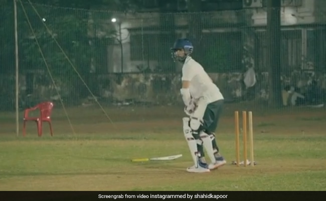 Guess Who Cheered For Shahid Kapoor's Throwback Post From The Sets Of Jersey