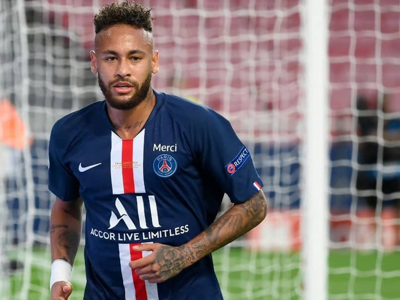 PSG Star Neymar Signs Long-Term Deal With Puma