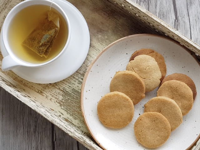 Video : How To Make Atta Biscuits | Easy Atta Biscuits Recipe Video