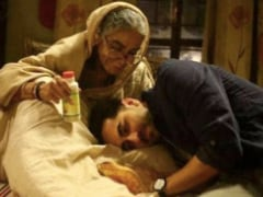 Ayushmann Khurrana Wishes His <i>Badhaai Ho</i> Co-Star Surekha Sikri A Speedy Recovery