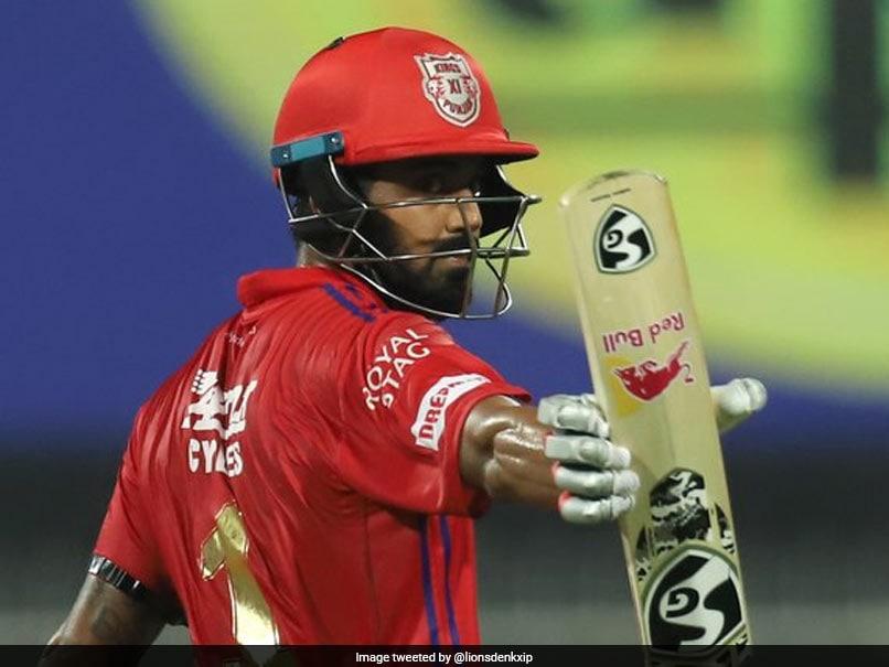 KXIP vs CSK: चेन्नई सुपर किंग्स को आज मिलेगा पंजाब के शेरों से कड़ा चैलेंज, जानिए आंकड़े और तमाम बातें