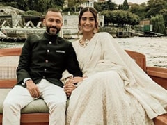 "Sonam Kapoor's ""Husband Appreciation"" Post For Anand Ahuja Is Everything"