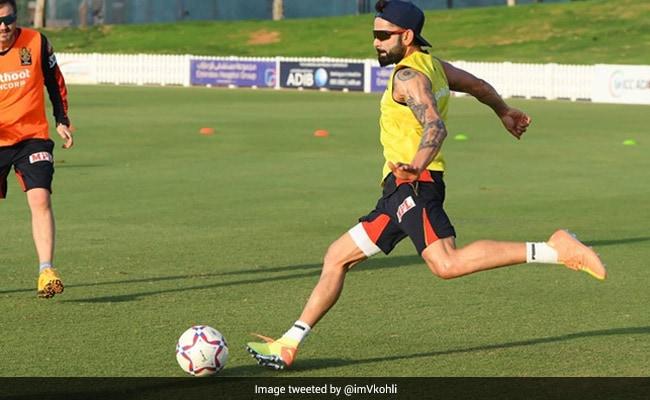 IPL से पहले RCB ने खेला फुटबॉल मैच, विराट कोहली ने गोल मारकर ऐसे मनाया जश्न...