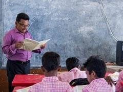 सरकारी स्कूलों के 10वीं-12वीं के छात्रों को CBSE बोर्ड परीक्षा फीस जमा करने में मुश्किलें, अदालत ने सरकार से मांगा जवाब