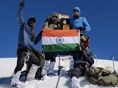 भारतीय 'हिमवीरों' की बड़ी उपलब्धि, लियो पारगिल पर्वत चोटी पर फहराया तिरंगा