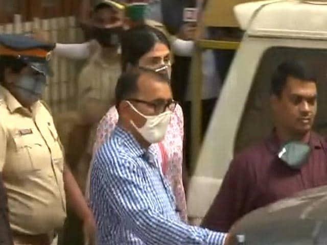 Video : Top News Of The Day: Narcotics Bureau Questions Rhea Chakraborty