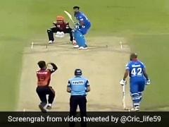 IPL 2020: राशिद खान की चाल में फंसे श्रेयस अय्यर, रहस्यमयी गेंद पर Out होकर किया ऐसा - देखें Video