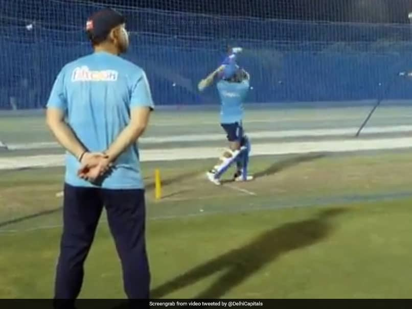 """""""Shot Mate. Awesome Shot"""": Ricky Ponting Impressed With Prithvi Shaw During Training Session"""