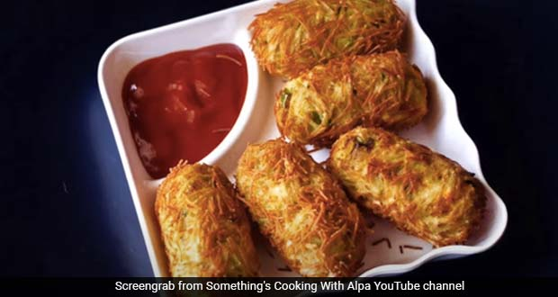 Easy Snack Recipe: How To Make Crispy Aloo Poha Role Recipe At Home