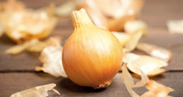 Chef Saransh Goila Tells Us The Secret To Chopping Onions Without Crying