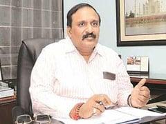 UP के पूर्व चीफ सेक्रेटरी दीपक सिंघल व उनके दामाद पर केस दर्ज, ढाई करोड़ रुपये की धोखाधड़ी का आरोप