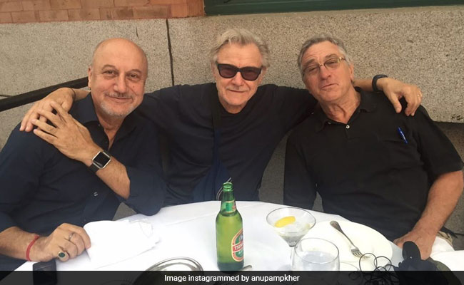Anupam Kher Recounts An Evening With Robert De Niro And Harvey Keitel That Was In 'Slow Motion'