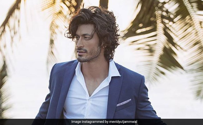 Vidyut Jammwal Reveals He 'Just Started Seeing' Someone, Doesn't Say Who