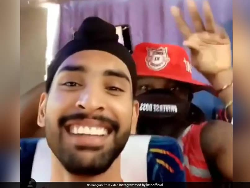 IPL 2020, DC vs KXIP: Chris Gayle Grooves To Bhojpuri Song Ahead Of First Match. Watch