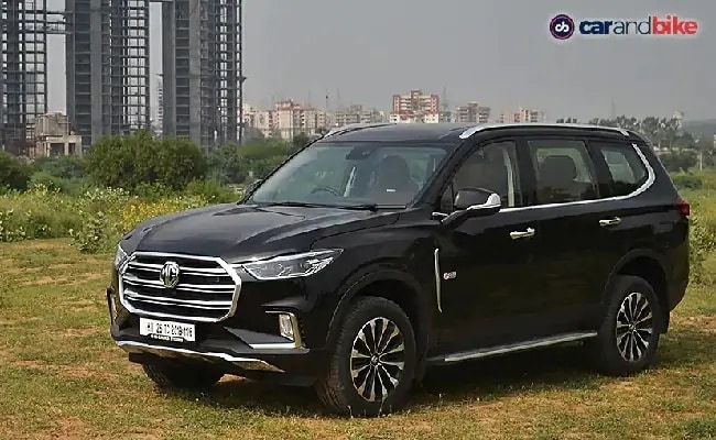 The new MG Gloster can be booked online, or at an MG Motor India dealership for Rs. 1 lakh