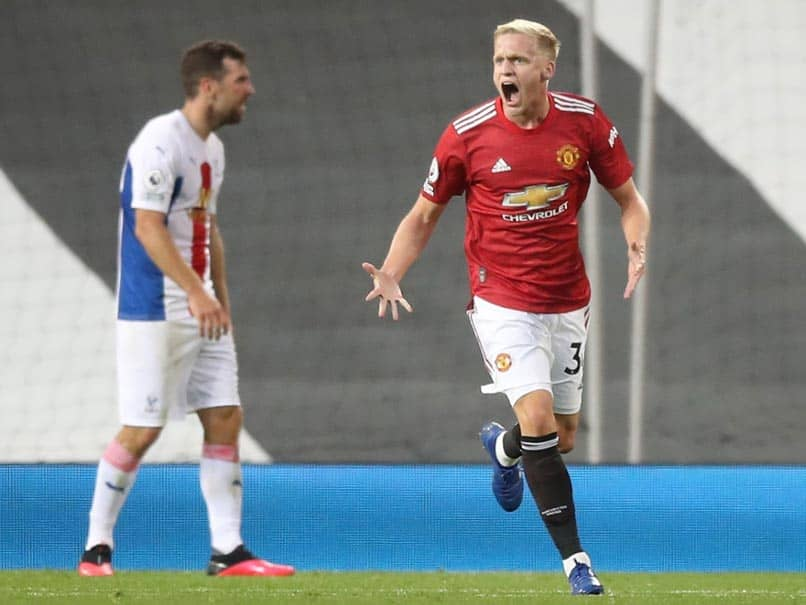 "Donny Van De Beek Slams Manchester United For Playing ""Too Slowly"" Against Crystal Palace"