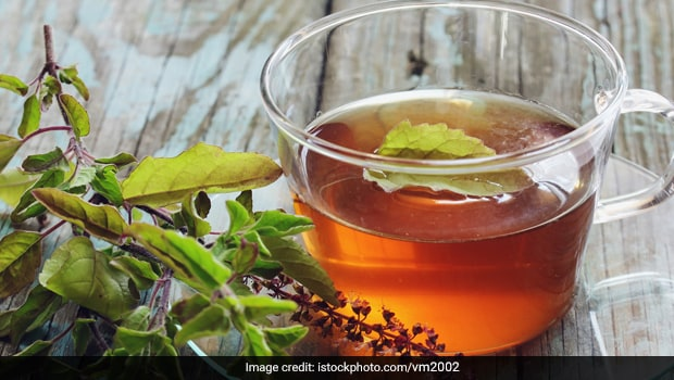 <i>Tulsi</i> And <i>Ashwagandha</i> Green Tea May Help Beat Stress And Anxiety - Experts Reveal