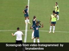 Parrot Interrupts Football Practice In Brazil By Landing On Player's Head. Watch