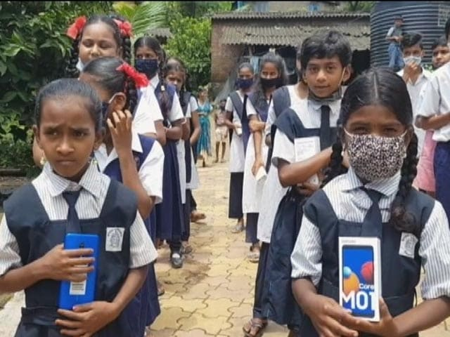 Video : Unable To Attend School, Students In Mumbai's Aarey Get Phones To Study